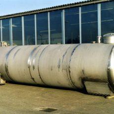 Aufsetztank für Frostschutzmittel zur Flugfeldenteisung auf Flughäfen Ausführung: rund Volumen: 15.000 l